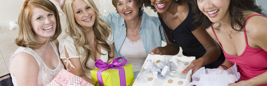 How To Get A Perfect Gift For A Bachelorette Party?
